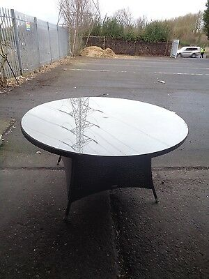 Rattan Garden Furniture 8 Seat Round Dining Table ONLY Job Lot 32
