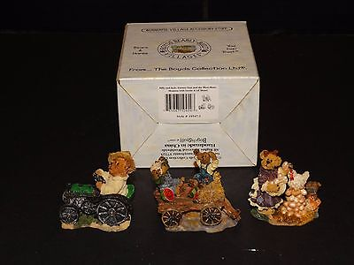 Boyds Bearly Villages ~ Farmer Dan Tractor Billy Kyle Gertie Henry #19547 ~ Box