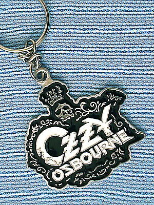KR107 = OZZY CROWN BLACK AND WHITE  PEWTER KEYRING 45mm diameter