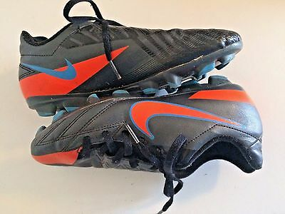 NIKE SOCCER CLEATS Black Shoes Football Size 4 Youth Boys Girls Unisex Blue Ball