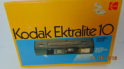 Vintage Kodak Ektralite 10 Camera utfit in Original Box