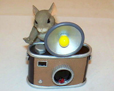 Charming Tails 89/112 You're Pretty As A Picture Fitz & Floyd Flash Camera