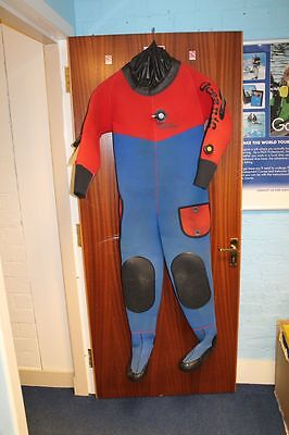 2nd Hand Oceanic Drysuit with size 5 boots