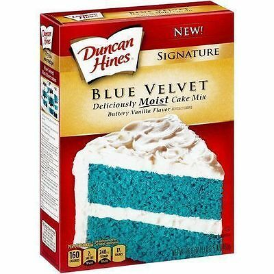 Duncan Hines Signature BLUE Velvet Delicious Moist Cake Mix 468g