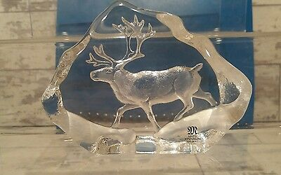 Signed Mats Jonasson Glass Stag paperweight, no 3597  gamekeeper country estate