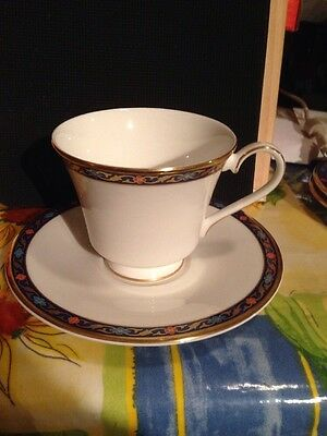 royal doulton Cup And Saucer Perfect Condition Set 2