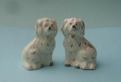 PAIR RETIRED BESWICK OLD ENGLISH DOGS FIGURINE - No. 1378/7