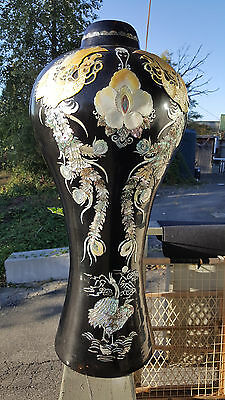 Beautiful 1800s Antique Korean Mother of Pearl Enameled Black Laquer Vase