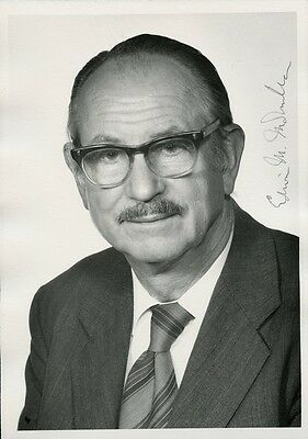 EDWIN M. McMILLAN Signed Photo - Nobel Prize in  Chemistry
