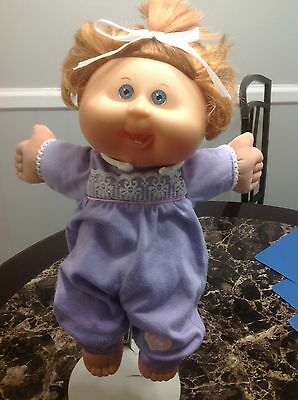 Cabbage Patch Kid 2011 Play Along Blonde Hair Blue Eyes Original Outfit