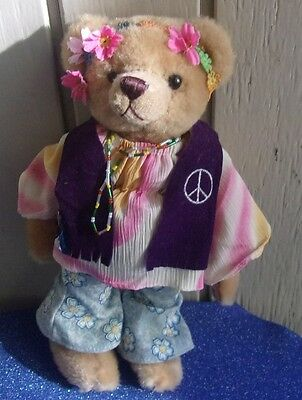"Pickford Brass Button Bear Collection ""ivy"" 1960's True Flower Child"