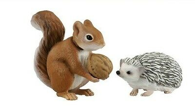 Japan Hedgehog & Squirrel PVC Mini Figurine Action Figure set with joint