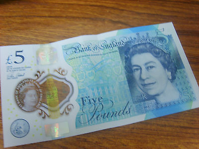 £5 Five Pound British Note England New Plastic Style Note RARE UK # AD01  NR