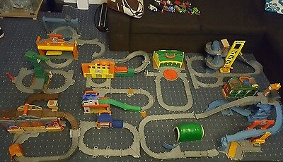 Thomas and friends take-n-play extra large bundle set stations trains boys toys