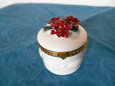 White Porcelain Beautiful Hand Applied Red Petals/Flowers Bouquet Trinket Box