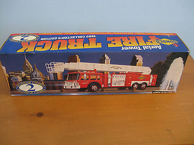 Sunoco Toy Fire Truck In Box - 1995 Collector's Edition - Working Siren & Lights