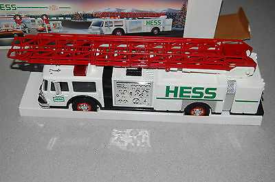 Christmas 1989 Hess Toy Fire Truck Lights Sound New in Box Mint LAST ONE!
