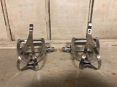 Vintage Campagnolo Triomphe Road/Touring Pedals w/ Clips C Record Era L'Eroica