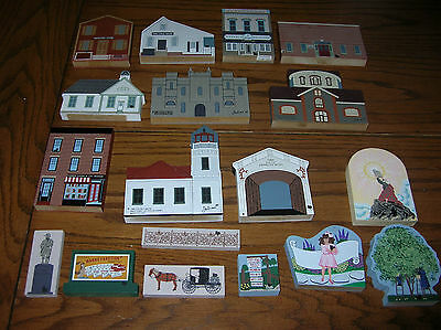 """TMIXED LOT of 18 """"HE CATS MEOW VILLAGE"""" Pieces..>SEE PICTURES"""