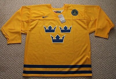 Team Sweden Hockey Jersey Nike IIHF Authentic Collection - Mens XL Yellow  NWT