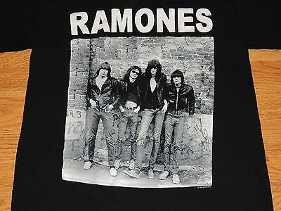 Used Ramones Rock T-Shirt (S) Black, Official Licensed Product