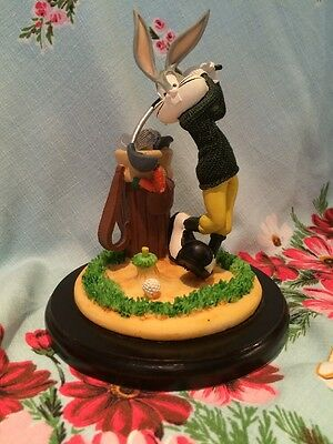 Looney Tunes Collectable Bugs Bunny Figurine