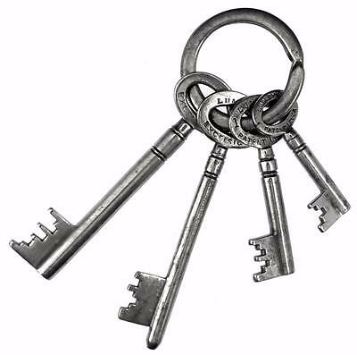 Vintage LUMBY'S of HALIFAX Four Safe Keys on a Ring - ref.K310