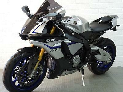 2016  Yamaha R1 - M ** Only 320 Miles! Immaculate!!