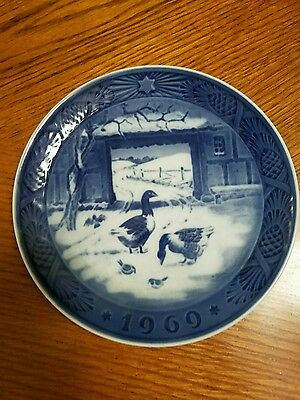 Nice In the Old  Farmyard ,1969, 7 INCH, ROYAL COPENHAGEN CHRISTMAS PLATE