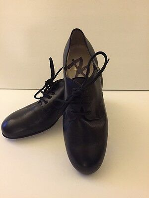 LaDuca Character Dance Shoes Women's Size 36 (runs small--35/35 1/2)