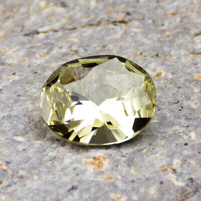 APATITE-MEXICO 2.37Ct FLAWLESS-NATURAL YELLOW GREEN COLOR-FOR TOP JEWELRY