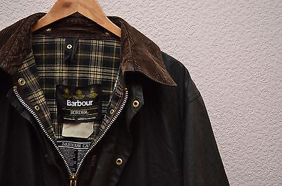 Barbour Border A200 Green Waxed Jacket C42 / 107cm