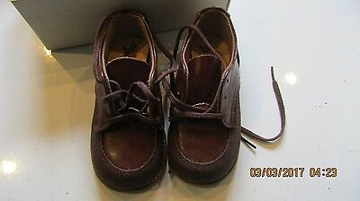 Vintage Childrens Shoes -Perfect Photo Props Tom Thumb 5.5
