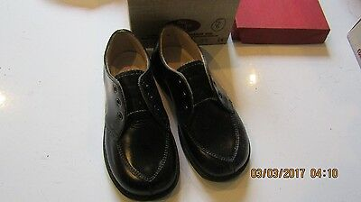 Vintage Childrens Shoes -Perfect Photo Props Tru Fit Narrow heel no strings
