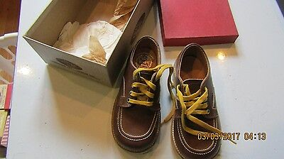 Vintage Childrens Shoes -Perfect Photo Props Tru Fit Brown Combination last