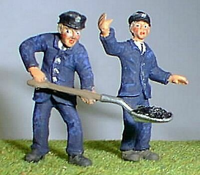 Engine Driver and Fireman. O Scale 1:43 Ready Made and Painted Model. OF17p