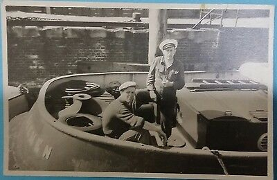 Anonymous people vintage postcard: Sailor men on boat, unposted.