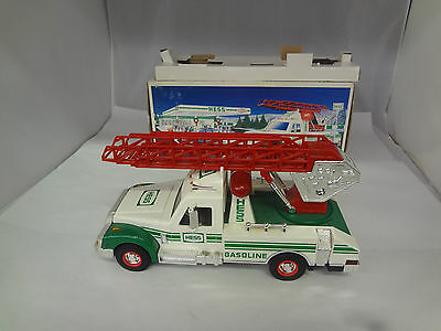 Hess 1994 Rescue Truck New In Box   J-919