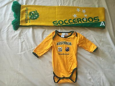 Socceroos Supporters Baby Jumpsuit(00) And Scarf Combo