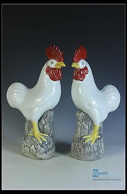 Fine Chines A Pair Beautiful Famille Rose Porcelain Roosters Statue