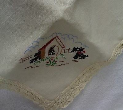 Scotty Scottie Dogs In Dog House Embroidered White  Lace Edge  Tablecloth