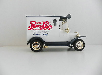 PEPSI:COLA COIN BANK - DIE CAST FORD MODEL T TRUCK STYLE w/KEY    /M9