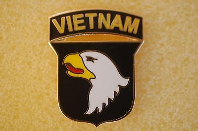 US USA Army 101st Airborne Vietnam Military Hat Lapel Pin