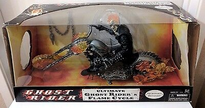 """Ultimate Ghost Rider & Flame Cycle Motorcycle 12"""" Action Figure Hasbro Marvel"""