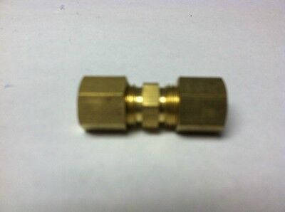 Brass Fittings: Brass Compression Union OD Size 1/4 Quantity of 5