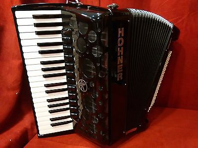 NEW Hohner Piano Accordion Amica Forte Black LMMH 37 Key 96 Bass 4 Reed