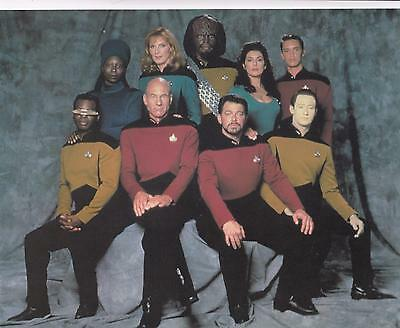 "1994 Star Trek TNG The Next Generation 10"" x 8"" postcard Classico #220-114"