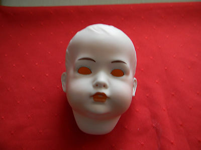 Porcelain Doll Head, BPO, G19-10