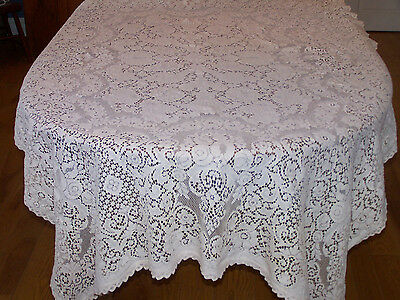 STUNNING VINTAGE QUAKER LACE TABLECLOTH, ROSE MOTIF, c1940