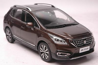 Peugeot 3008 2016 SUV model in scale 1:18 brown